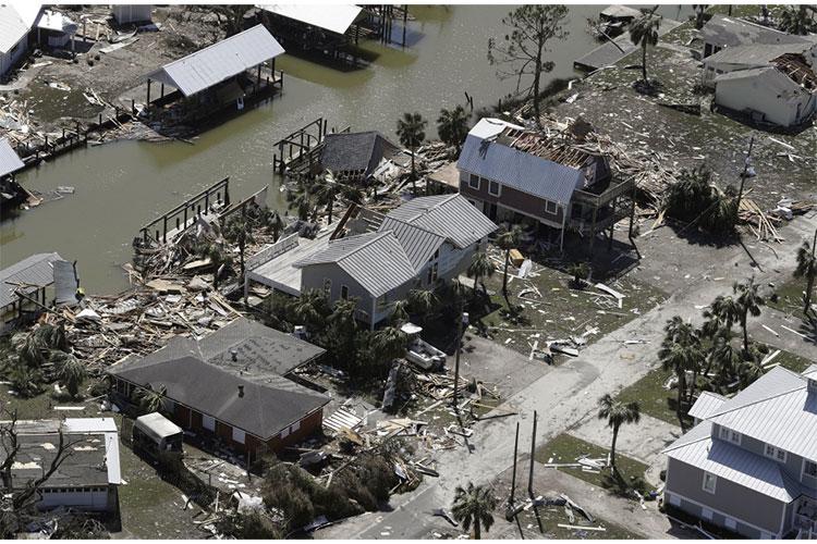 Ít nhất 6 người chết trong thảm họa, con số dự kiến còn tăng lên.