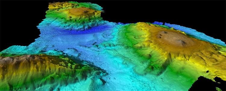 Dãy núi trước đó chưa ai biết đến nằm dưới đáy Biển Tasman.