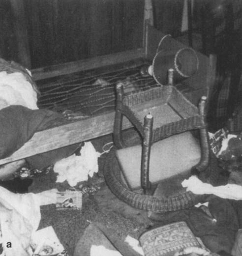 Thi thể một người đàn ông 91 tuổi chết vì lạnh được tìm thấy dưới gầm giường.
