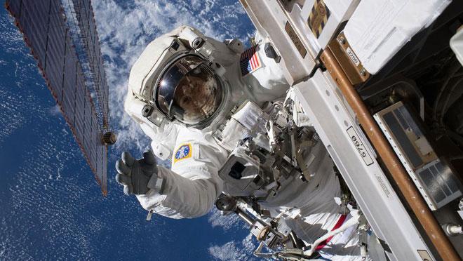 Hôm nay làm việc ở đâu? Không gian chứ đâu!