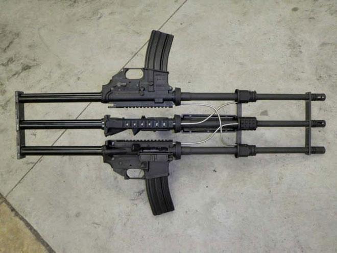 Khẩu súng kỳ lạ này có hệ thống ống trích khí rất lằng nhằng