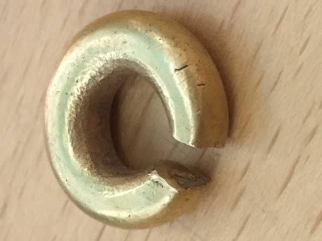 Chiếc vòng vàng nặng 14g với 80-82% là vàng.
