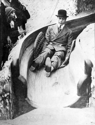 Bức ảnh lịch sử hiếm có về vua George VI của Anh năm 1938