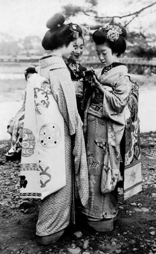 Những nàng Geisha, Nhật Bản năm 1920