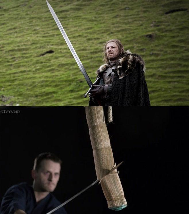Thanh Great sword (kiếm lớn) của Châu Âu (ảnh trên) và Katana (kiếm Nhật) (ảnh dưới).