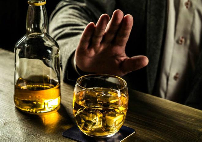 Khi uống 2 đơn vị rượu trở lên thì nồng độ sẽ vượt quá 80 mg/100 ml máu hoặc 0,4 mg/1 lít khí thở.