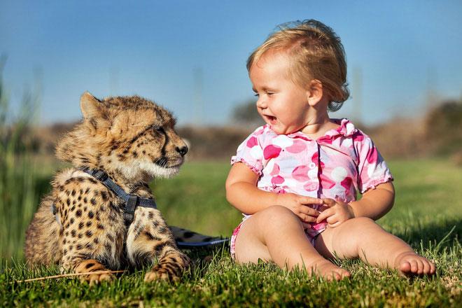 Quá bao bọc trẻ là nguyên nhân dẫn đến dị ứng ngày càng tăng.