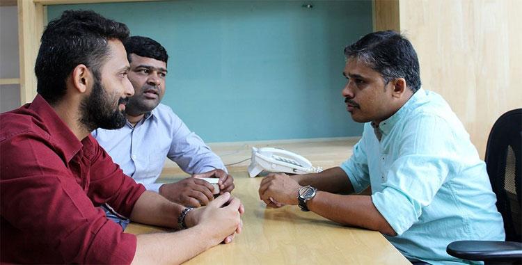 Ba nhà nghiên cứu Praveen Kumar Vemula, Ketan Thorat và Sandeep Chandrashekharappa.