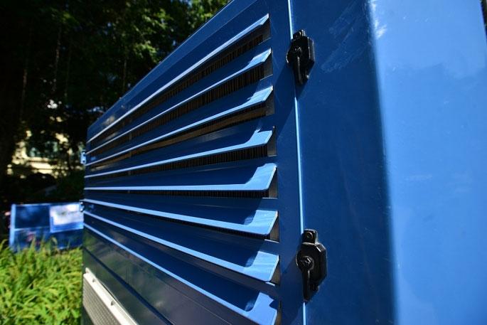 Ở điều kiện nhiệt độ bình thường, chiếc máy có thể cho công suất tạo nước lên tới 700 lít nước/ ngày.
