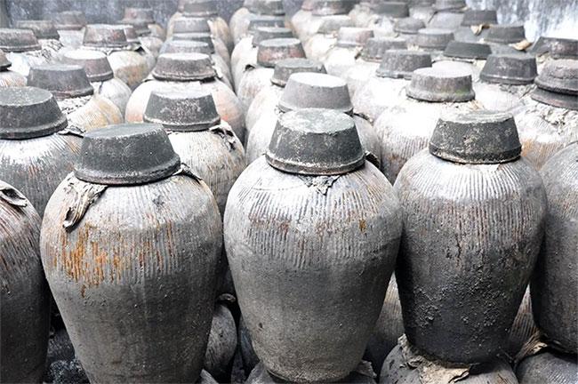 Các nhà khảo cổ học Trung Quốc vừa phát hiện loại rượu có tuổi đời 2.000 năm tại quốc gia này.