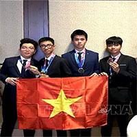 Việt Nam có huy chương vàng Olympic Thiên văn học quốc tế đầu tiên