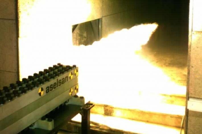 Thổ Nhĩ Kỳ thử nghiệm vũ khí điện từ.