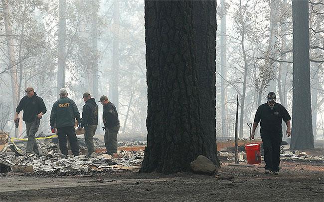 Toàn bộ một thị trấn ở Sierra gần như bị xóa sổ