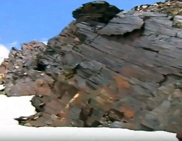 Hoá thạch được cho là gỗ đóng tàu Noah huyền thoại mới được tìm thấy ở Iran.