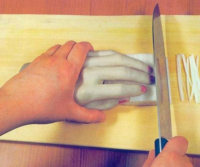 Dụng cụ tránh cắt vào tay
