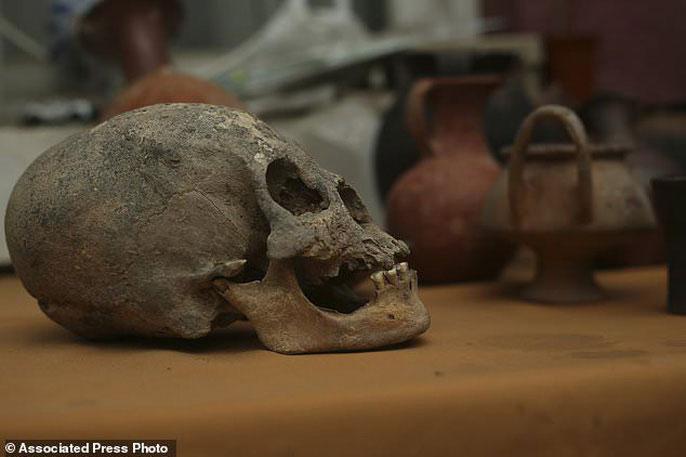Những người Inca cổ đại được chôn cùng rất nhiều đồ tạo tác quý giá