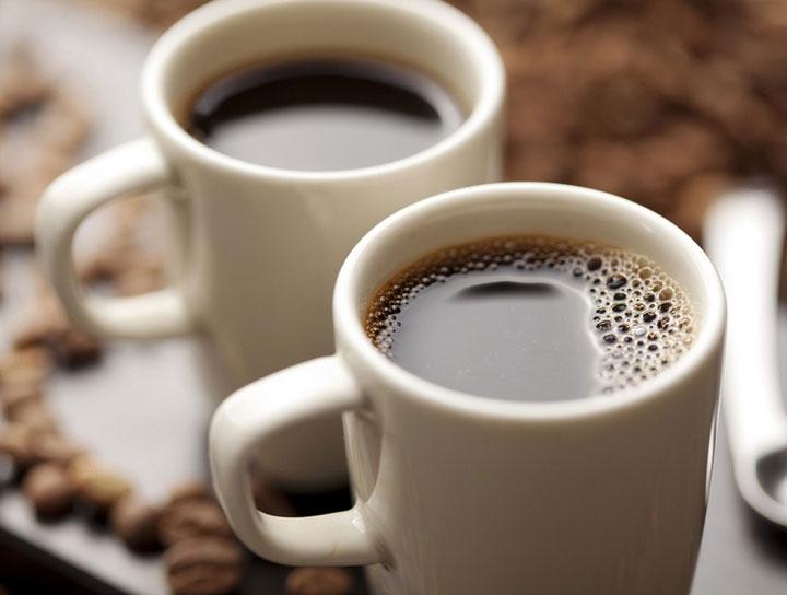 Uống quá nhiều cà phê có thể ảnh hưởng đến mọi người theo những cách khác nhau.