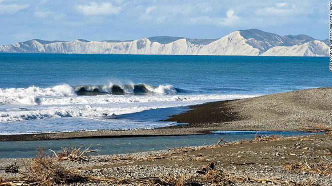 Mũi Campbell ở đông bắc đảo Nam dịch chuyển 35cm về phía đảo Bắc.