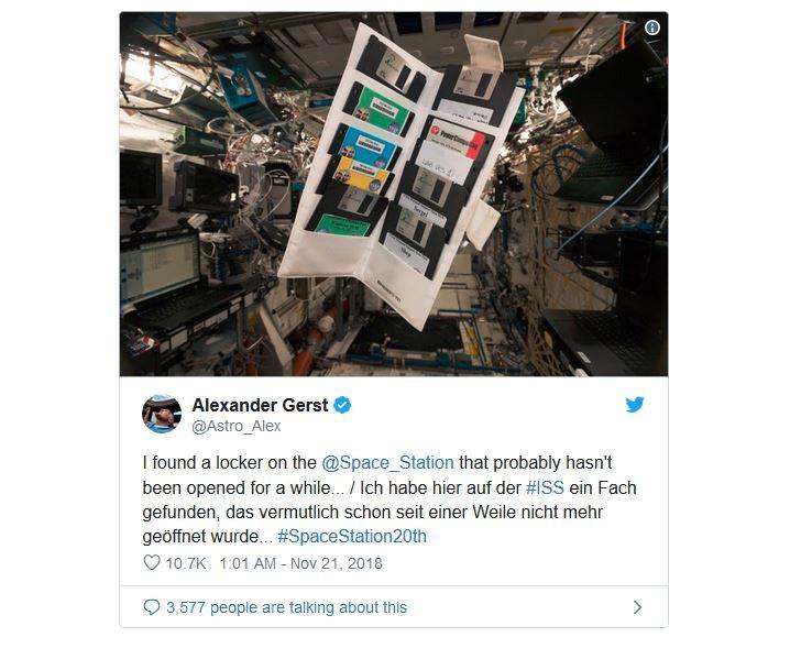 Đoạn tweet tìm thấy đĩa mềm trên ISS của Gerst đã thu hút nhiều người theo dõi.