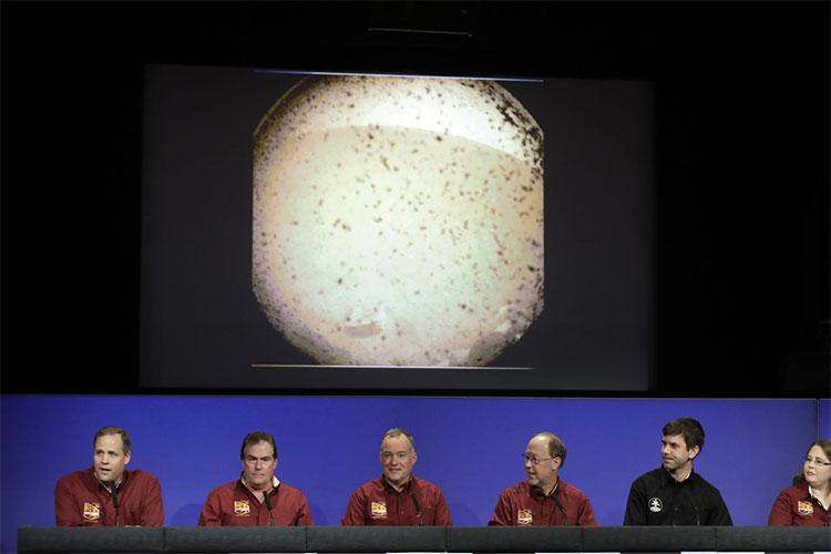 Các nhà khoa học của NASA