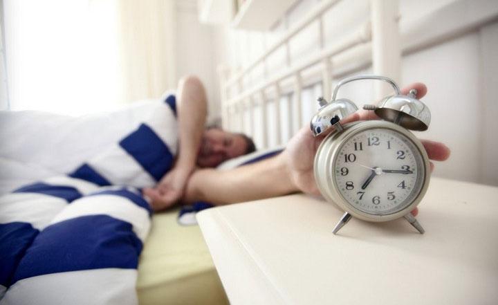Sự lười biếng là nguyên nhân hàng đầu khiến chúng ta khó ra khỏi giường.