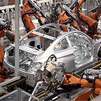 """Bên trong nhà máy với """"đội quân"""" robot của BMW"""