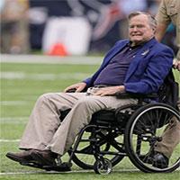 """Bệnh Parkinson thể hiếm gặp của cựu Tổng thống Bush """"cha"""""""