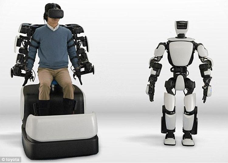 Nhật Bản đang phát triển loại robot thế hệ thứ 3 có thể điều khiển từ khoảng cách gần 10km.