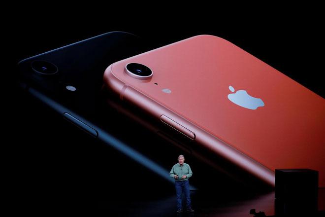 iPhone XR của Apple xuất hiện với màu sắc Living Coral chủ đạo năm 2019.