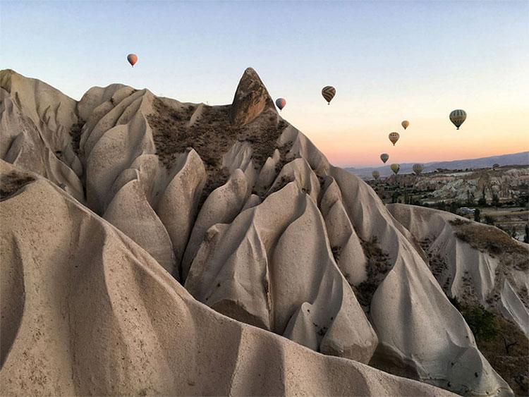 Ảnh chụp tại Cappadocia, một điểm du lịch nổi tiếng của Thổ Nhĩ Kỳ.