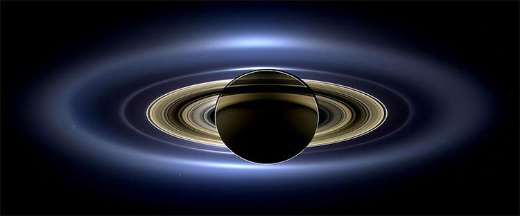 Tất cả vành đai trong hệ thống vành đai của Sao Thổ được tàu vũ trụ Cassini chụp từ phía bên kia của hành tinh so với Mặt Trời