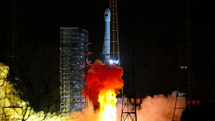 Nếu thành công, Trung Quốc sẽ là nước đầu tiên thám hiểm vùng tối Mặt trăng