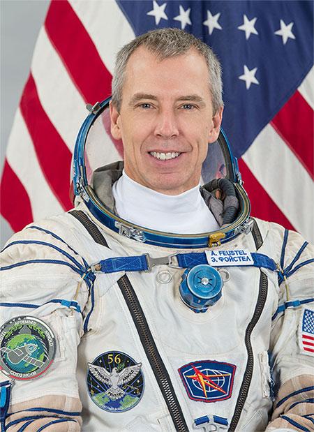 Drew Feustel, phi hành gia được NASA tuyển chọn năm 2000.
