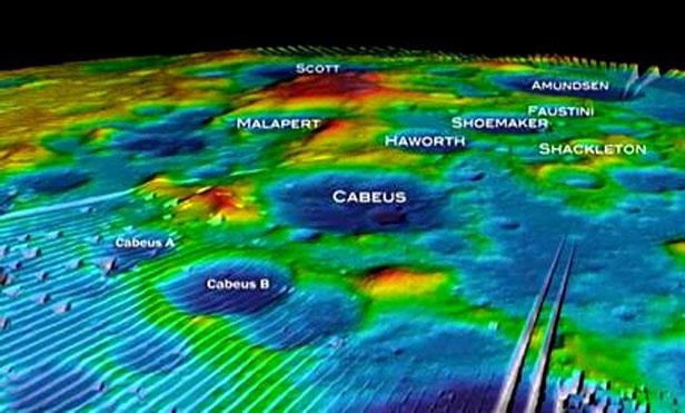 Ảnh hồng ngoại của tàu thăm dò LRO (Mỹ) cho thấy bên dưới lớp đất mặt của cực nam Mặt Trăng có vô vàn là nước dưới dạng băng (các khu vực xanh đậm).