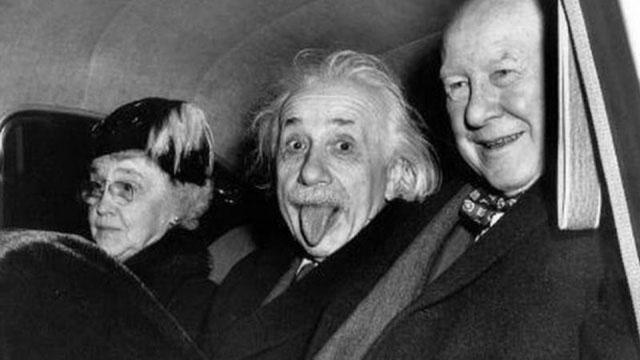Nhà bác học Albert Einstein được cả thế giới ngưỡng mộ