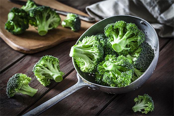 Bông cải xanh rất giàu chất xơ và chất chống oxy hóa