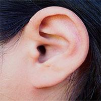 Căn bệnh khiến người phụ nữ không nghe được giọng đàn ông