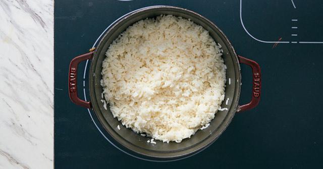 Nấu cơm không chín
