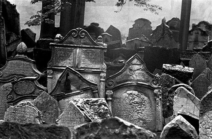 Nghĩa trang này là nơi yên nghỉ của những người Do Thái.