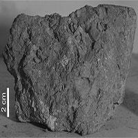 Hòn đá cổ xưa nhất Trái Đất được tìm thấy trên Mặt Trăng
