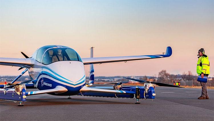 Mẫu ô tô bay của Boeing trông giống như một chiếc phi cơ lai giữa trực thăng và máy bay không người lái.