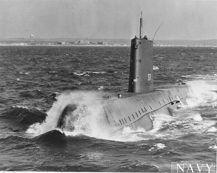 USS Nautilus, tàu ngầm nguyên tử đầu tiên của Hải quân Mỹ.
