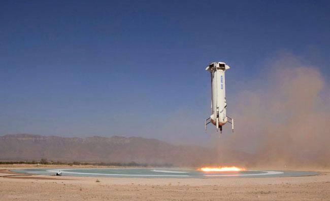 New Shepard đáp xuống theo chiều thẳng đứng, chính xác