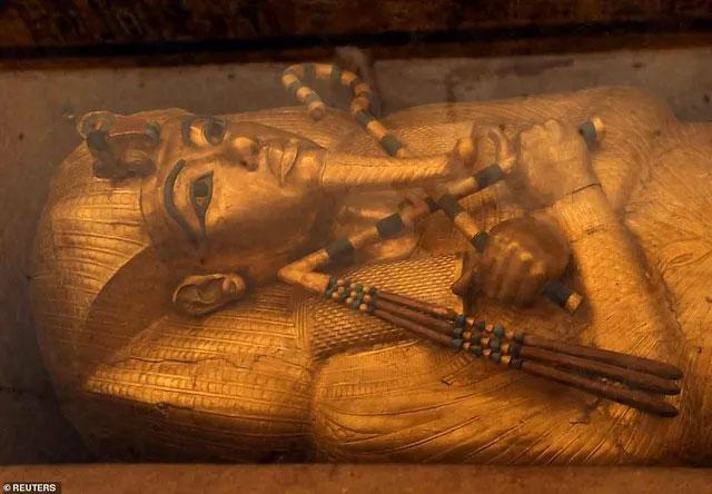 Cái chết của vị Vua trẻ này vẫn còn là điều bí ẩn với hậu thế.