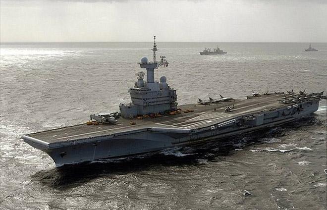 Tàu sân bay hạt nhân Charles De Gaulle của Hải quân Pháp