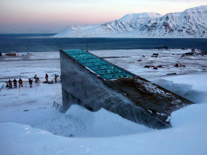 Hầm hạt giống toàn cầu Svalbard Global Seed Vault (SGSV).