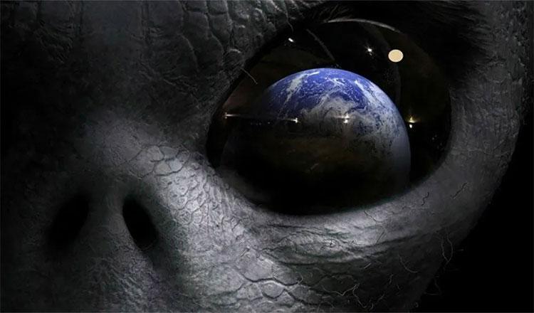 Sự tồn tại của sự sống ngoài Trái Đất vẫn là đề tài tiếp tục được quan tâm đặc biệt.