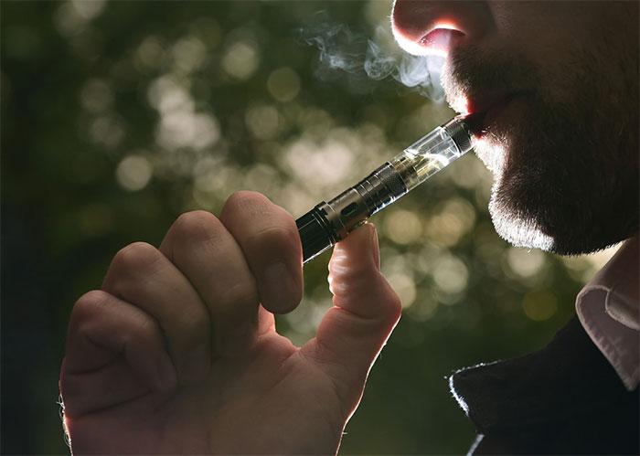 Thái Lan cấm thuốc lá điện tử
