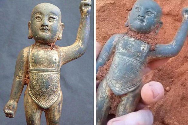 Bức tượng đồng có niên đại từ thời nhà Minh.