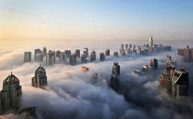 Các tòa nhà chọc trời ở Dubai.